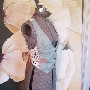MYSTREE Mod Cloth Crop Mint/Cream Lace Vest M
